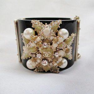 CHANEL RHINESTONE CUFF Bracelet Pearl Bead CC